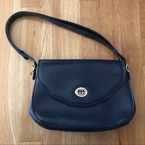 ★GUCCI★ Authentic, Vintage Blue Flap Shoulder Bag